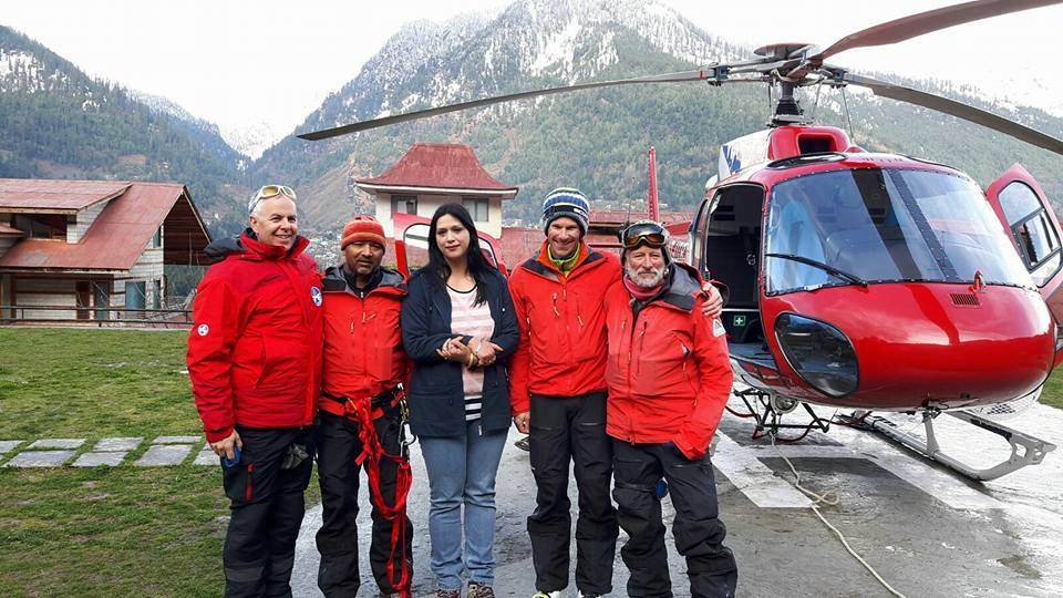 Chanderkhani Pass - Rescue team