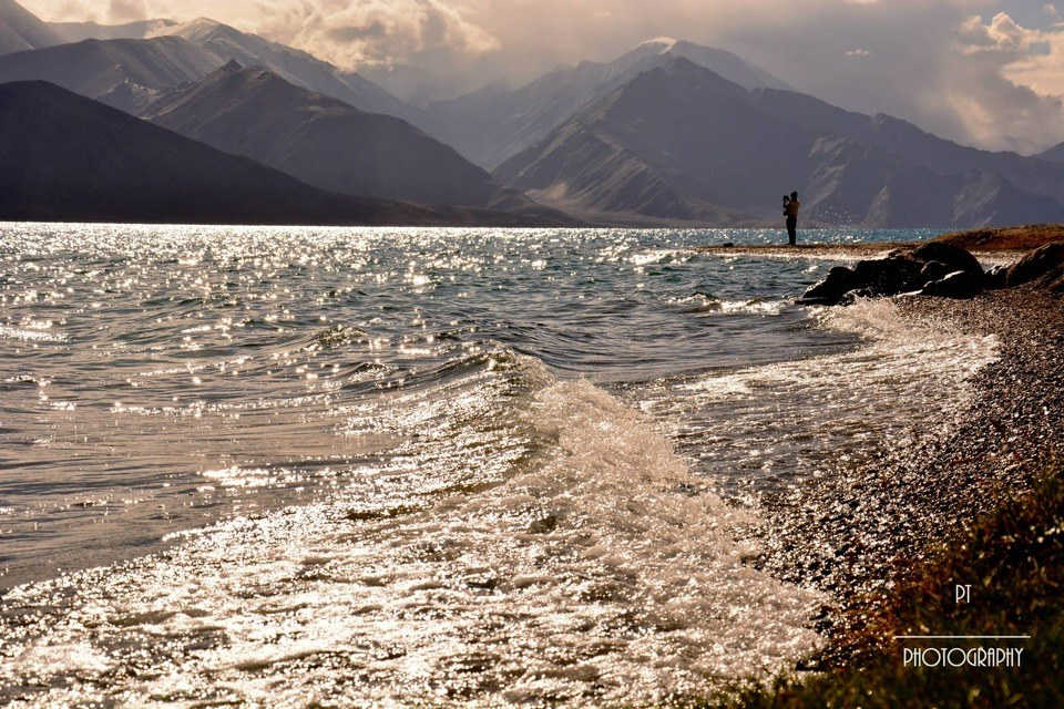 Waves at Pangong Lake