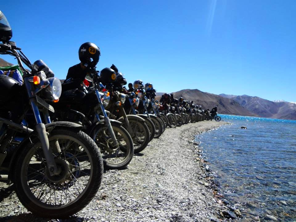 Machines by the Pangong Lake